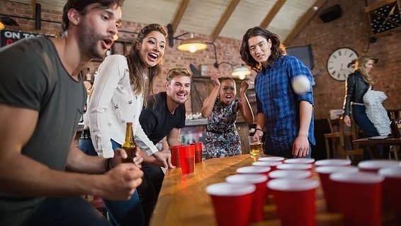 Apero, musique, beer pong